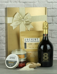Prosecco and Bathtime Goodies Gift