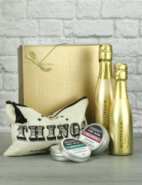 Prosecco and Travel Essentials Gift
