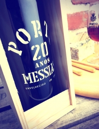 20 Year Old Port, Messias