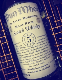 Dun Mhor 5 year De Luxe Blended Whisky