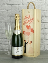 Just Married Sparkling Wine Gift