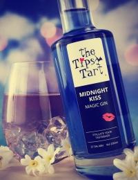 Tipsy Tart Midnight Kiss Gin