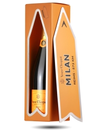 Veuve Clicquot Champagne Arrow Magnet Gift - Milan NV
